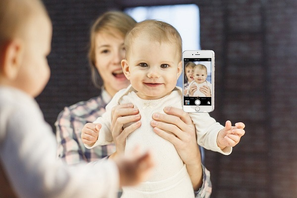 Monster-Selfie-iPhone-6-Case-4