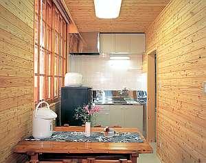 キッチン&居間